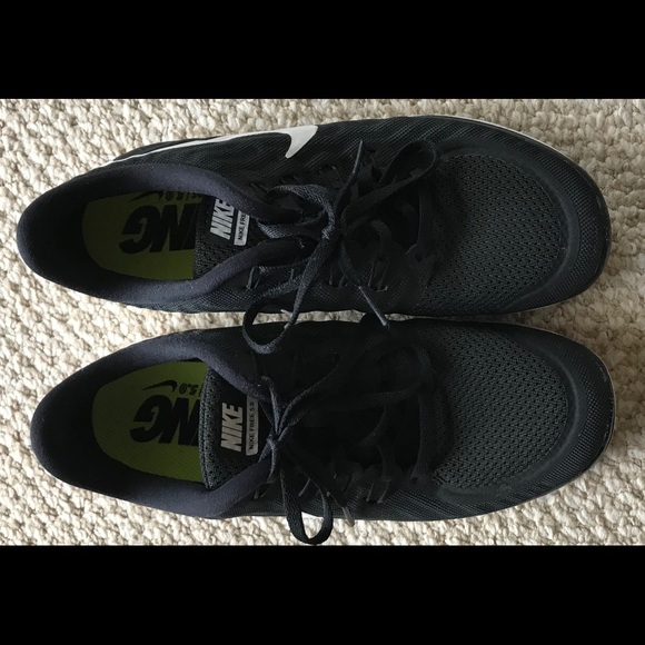 9480eeb91b93c Nike Women s Nike Free Running Shoes 724383-002. M 5aa6db1a6bf5a666d5b59407